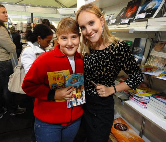 Na Feira do Livro de Florianópolis com uma leitora