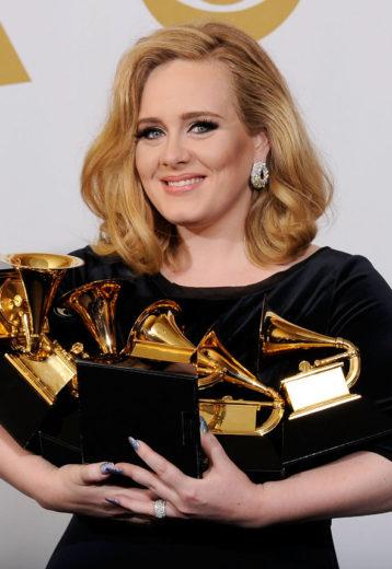 Adele tem fortuna de 60 milhões de reais
