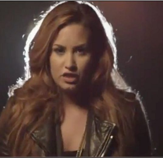 Vaza clipe 'Give Your Heart a Break de ' Demi Lovato