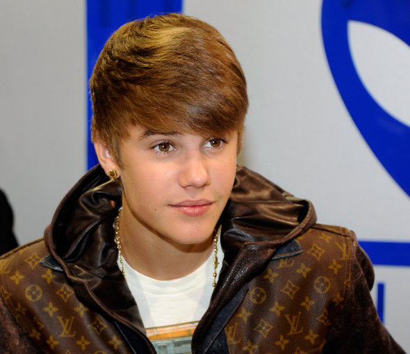 Justin Bieber compra moto de 40 mil reais