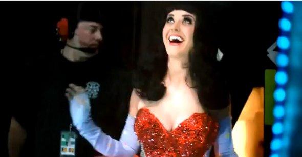 Katy Perry divulga trailer de sua cinebiografia