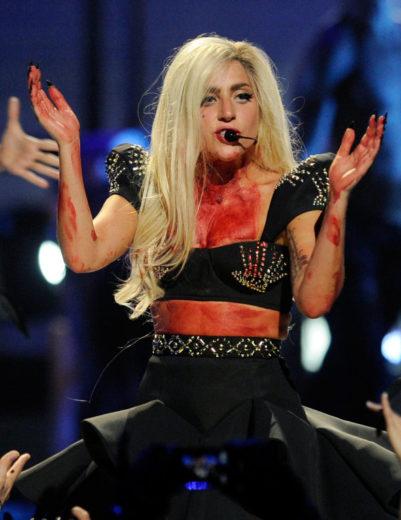 Lady Gaga usa chupetas para se acalmar