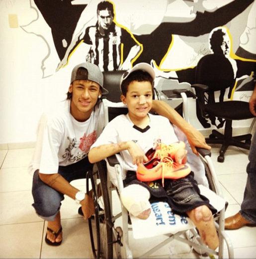 Neymar e fã na Páscoa