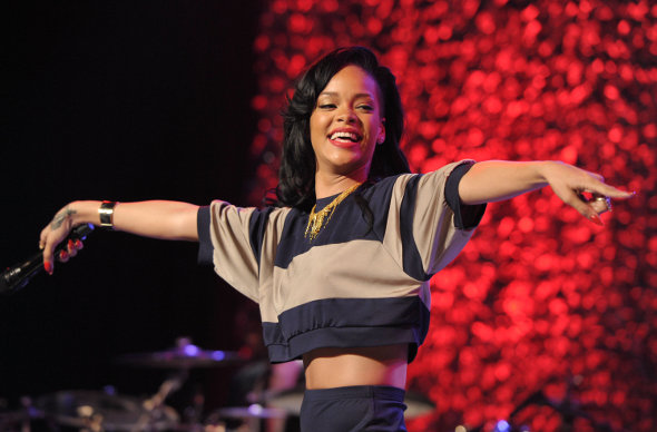 Rihanna divulga vídeo de ensaio de Where Have You Been