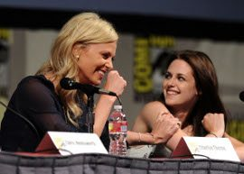 Charlize Theron elogia Kristen Stweart