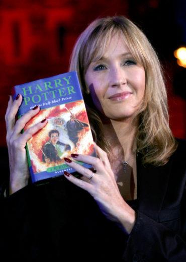 J.K Rowling se prepara para lançar novo livro