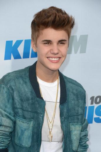 DNA de Justin Bieber vira pingente