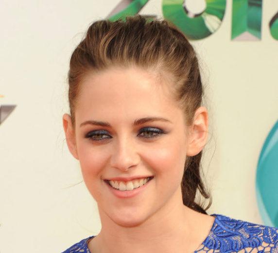 Kristen Stewart se espelha em Branca de Neve