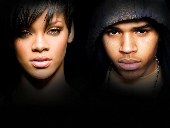 Rihanna para de seguir Chris Brown no twitter