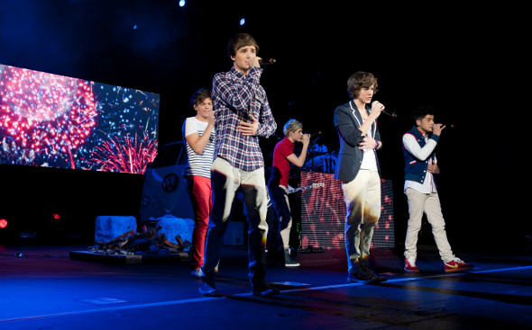 One Direction performing live at HMV Hammersmith Apollo, London, 10/01/12