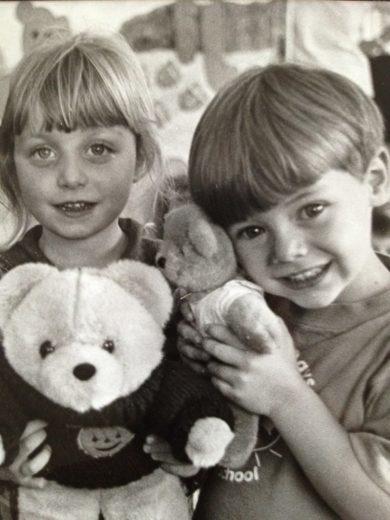Harry Styles mostra foto de quando era criança