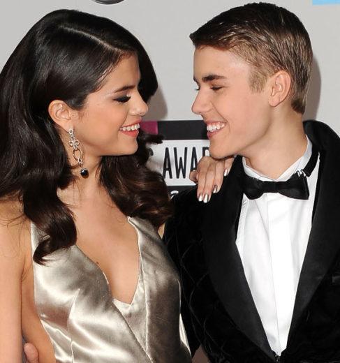 Justin Bieber aluga helicóptero para passear com Selena *-*