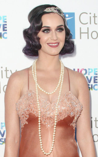 Katy Perry pode interpretar namorada de Freddie Mercury no cinema