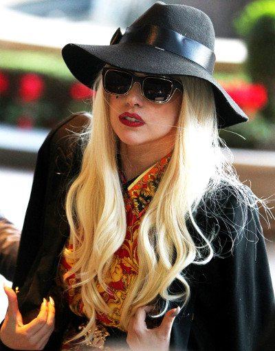 Versão de estúdio da nova música de Lady Gaga cai na rede!