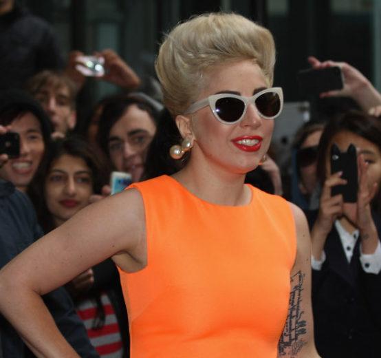 Já pode morrer? Lady Gaga confirma show no Brasil!