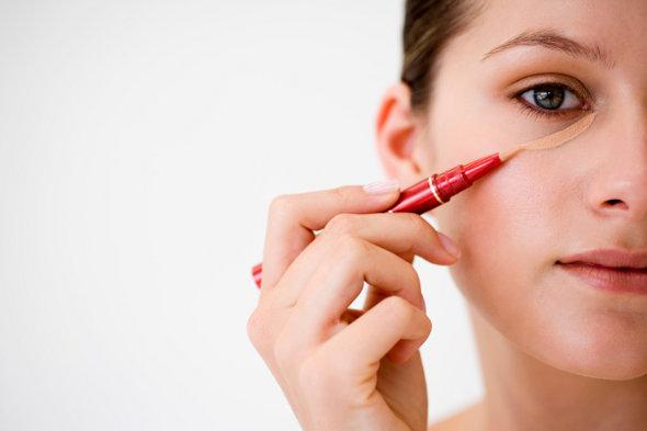 Como evitar e suavizar as olheiras
