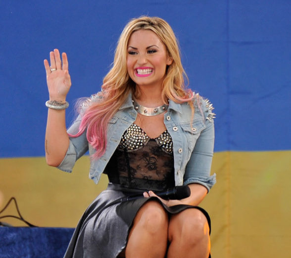 Confirmado: Demi Lovato será apresentadora do Teen Choice Awards 2012!