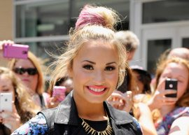 Demi Lovato não usa o celular há 3 meses!