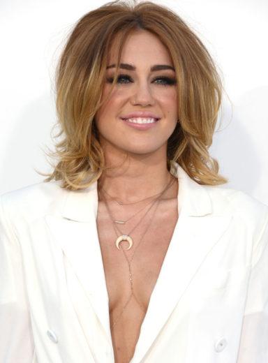 Miley Cyrus é indicada ao Do Something Awards