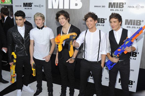 One Direction divulga primeiro vídeo da série Acess 1D