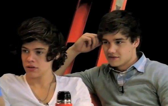 One Direction cai em pegadinha de programa da TV