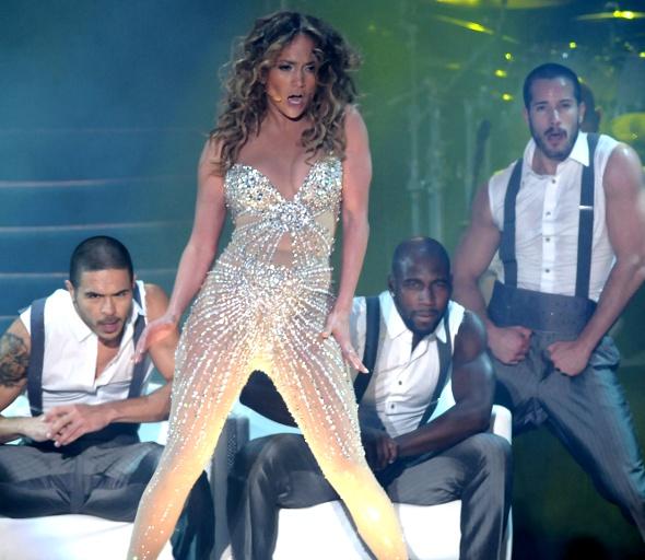 J-Lo faz show do Recife e se despede do Brasil