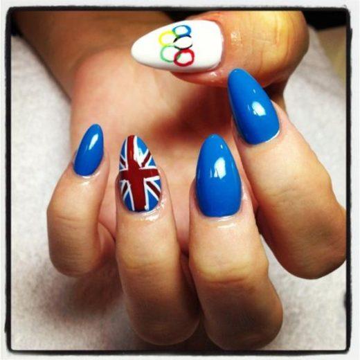 Nail art - Lily Allen entra no clima das Olimpíadas!