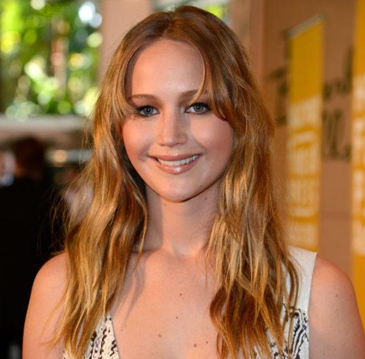 """Jennifer Lawrence quer ganhar dez milhões de dólares para atuar em """"Em Chamas"""""""