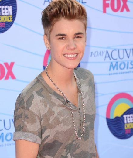Justin Bieber diz que não gosta de falar sobre vida pessoal