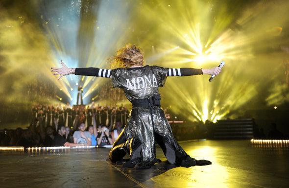 Madonna faz aniversário e, na nova turnê, mostra seu poder na música pop