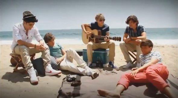 One Direction grava hit famoso do Oasis