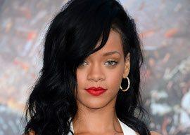 Rihanna chora ao falar de relacionamento com Chris Brown