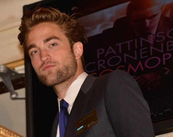 """""""Não estou interessado em vender minha vida pessoal"""", diz Robert Pattinson"""