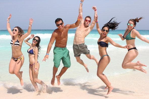 Forma Turismo divulga websérie #PartiuCancun com personalidades teens