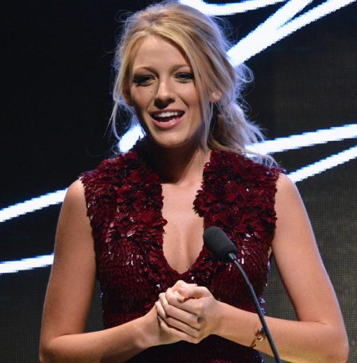 Assessor de Blake Lively nega gravidez da atriz