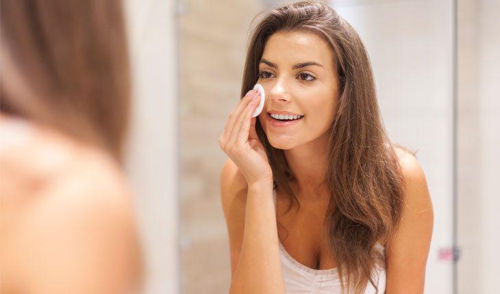 Dicas de cuidados com a pele: remover a maquiagem