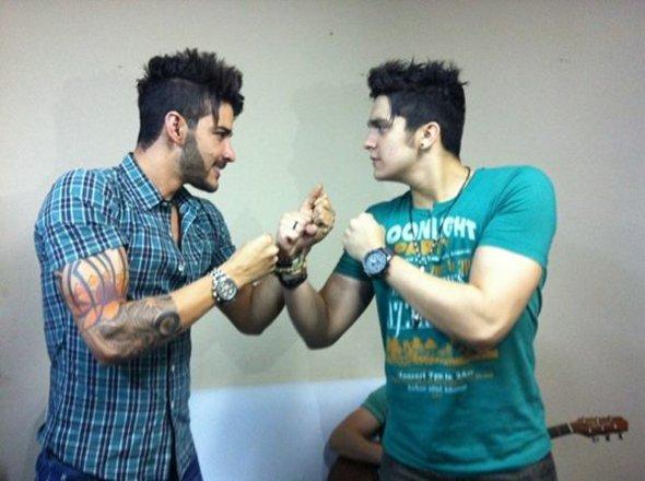 Gusttavo Lima e Luan Santana posam como rivais!
