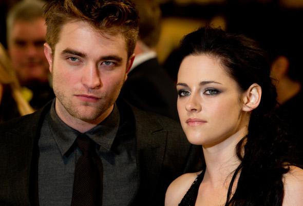 Site diz que Kristen traiu Robert outras vezes!
