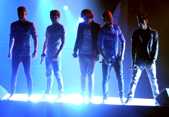 "One Direction sobre os paparazzis: ""nós rimos deles"""