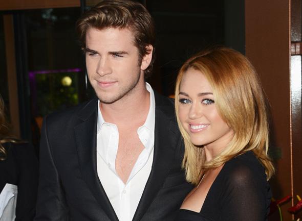 Miley Cyrus e Liam Hemsworth marcam data do casamento - Miley e Liam