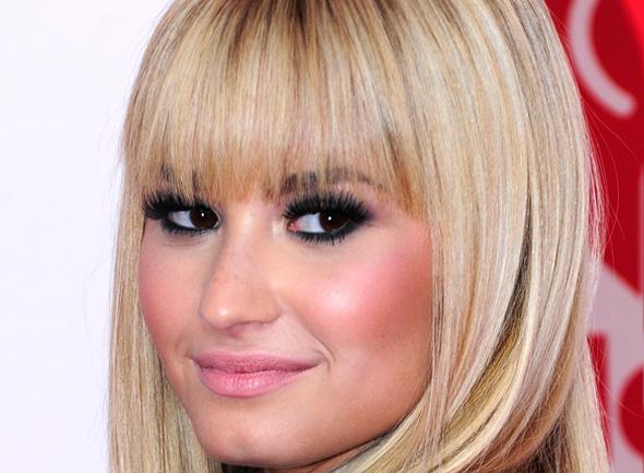 Cai na rede nova música de Demi Lovato - Demi Lovato