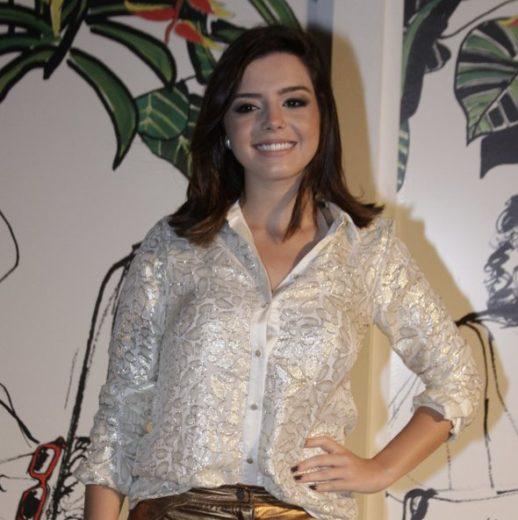 Giovanna Lancellotti confessa que não é prendada