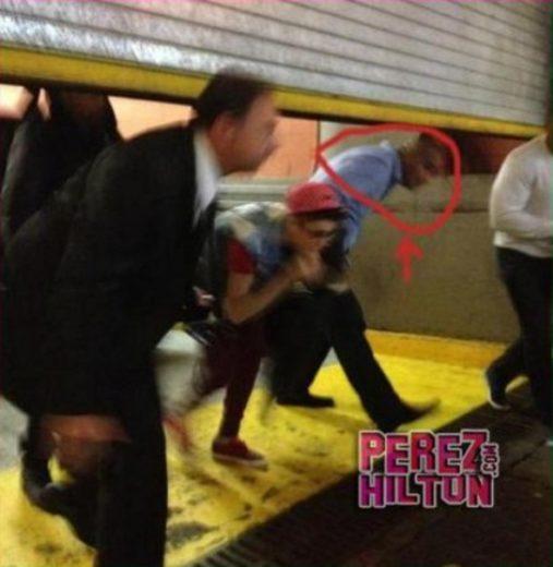 Justin Bieber encontra Selena Gomez e sai pela porta dos fundos!