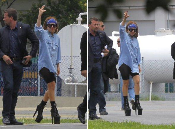 Lady Gaga chega ao Brasil causando!