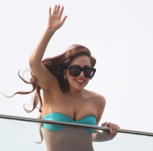 Lady Gaga apresenta nova música em show no Rio de Janeiro