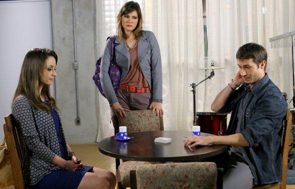 Resumo Carrossel (03/11 a 07/11) - Professora Helena, Suzana e Renê conversando