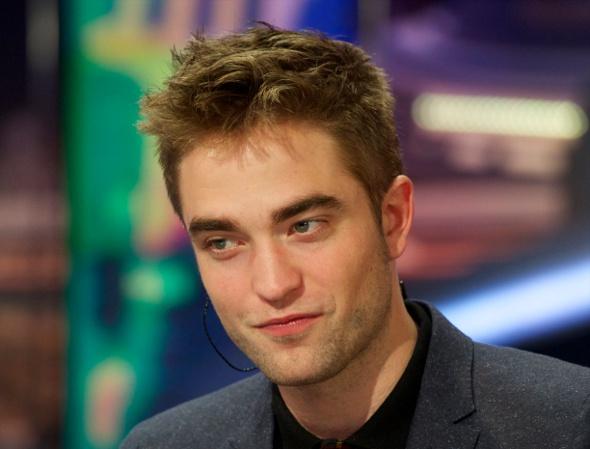 Robert Pattinson vai atuar em filme sobre os desastres da fama