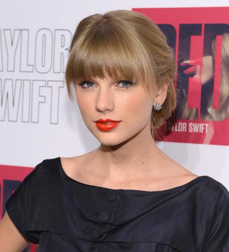 """Taylor Swift desabafa: """"nunca perdi muito tempo com a pessoa errada"""""""