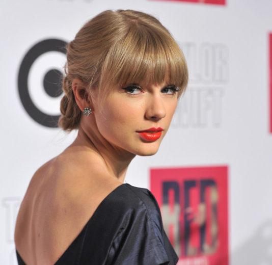 Taylor Swift dá dicas de como deixar um homem apaixonado