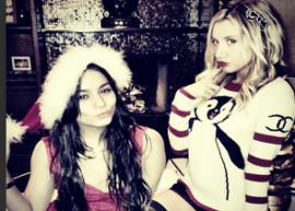 Ashley Tisdale e Vanessa Hudgens passam o Natal juntas